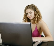Free Girl Working On Laptop Royalty Free Stock Photography - 8939337