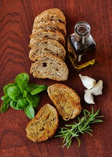 Free Bread Oil And Herbs Royalty Free Stock Photos - 89305598