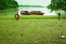 Free Lakeside Landscape Stock Image - 8941791