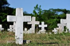 Weathered Cement Tombstone Cross Royalty Free Stock Photo