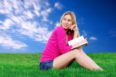 Free Beautiful Girl With Book On The Green Grass Royalty Free Stock Image - 8948416