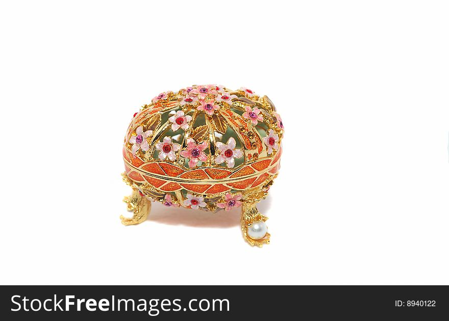 Egg box for jewelery