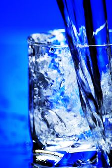 Free Glass With Water Royalty Free Stock Photography - 8950967