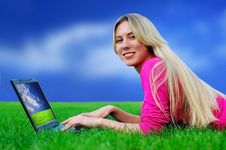 Free Beautiful Girl With Laptop On The Green Grass Royalty Free Stock Photo - 8951815