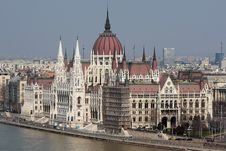 Free Hungarian Parliament Stock Image - 8952121