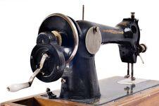 Free Old Black Sewing Machine Royalty Free Stock Image - 8954766