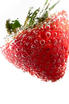 Free Strawberry In Cool Drink Royalty Free Stock Image - 8954896