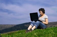 Free Young Casual Woman Working On Laptop Stock Images - 8957794