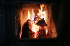 Free Logs Burning In Fire Stock Photos - 89506913