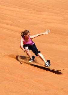 Free Woman In Doing Sun Boarding During Daytime Royalty Free Stock Photo - 89508235