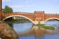 Free Roman Bridge In Verona Stock Images - 8966034