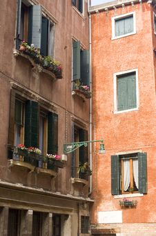 Free Buildings In Venice Royalty Free Stock Photos - 8966098