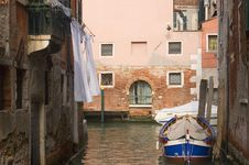 Free Venice Canal Royalty Free Stock Images - 8966109