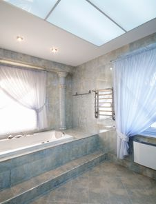 Free Luxury Bathroom Royalty Free Stock Photo - 8967025