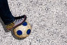 Free Foot And Ball Royalty Free Stock Image - 8967396