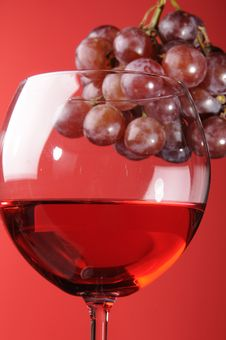 Free Red Wine And Grapes Stock Photography - 8967602