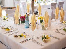 Free Elegant Wedding Table Royalty Free Stock Images - 89636819