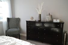 Free Modern Bedroom Furniture Royalty Free Stock Image - 89637036