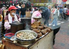 Free Food Vendor Mongkok.HK Royalty Free Stock Image - 89689986