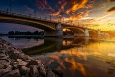 Free Bridge Over River At Sunset Royalty Free Stock Photography - 89692237