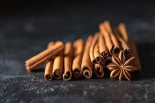 Free Cinnamon And Star Anise Royalty Free Stock Photos - 89692668