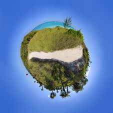 Free Tropical Sphere Landscape Royalty Free Stock Photography - 8974627