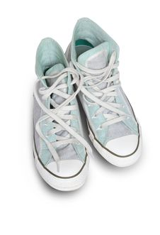Free Sneakers Stock Photo - 8979090
