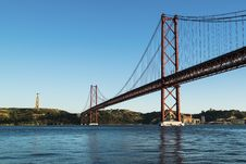 Free 25 De Abril Bridge Stock Photo - 89741470