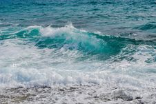 Free Sea Foam And Waves On Beach Stock Photos - 89742233