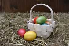 Free Easter Eggs In Basket Stock Photography - 89742292