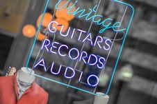 Free Shop Window Advertising Guitars And Records Stock Photos - 89742533