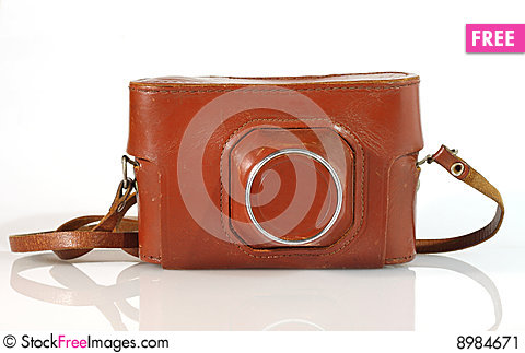 Free Old  Photo Camera Leather Case Stock Image - 8984671