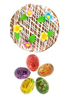 Free Easter Eggs And Cake Royalty Free Stock Photos - 8981538