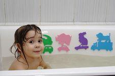 Free Little Girl Take A Bath Royalty Free Stock Photo - 8982275