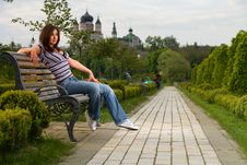 Free Girl On Bench In The Park Royalty Free Stock Images - 8983219