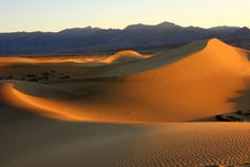 Free Sunrise In Death Valley Stock Photo - 8983580