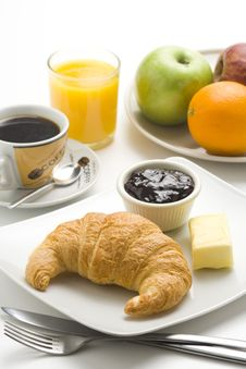 Free Continental Breakfast Of Coffee And Croissants Royalty Free Stock Images - 8983939