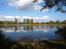 Free Lake Round In The Autumn Stock Photos - 8986043