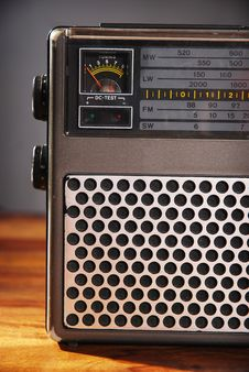 Free Close-up Of An Old Radio Royalty Free Stock Photos - 8989158
