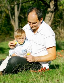 Free Father And Son Stock Photography - 8989852