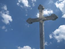 Free Cross And Sky Royalty Free Stock Images - 8989999
