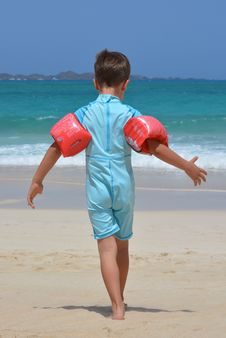 Free Boy On Blue Onesie On Beach During Day Stock Photos - 89808043