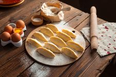 Free Dish, Food, Baking, Bread Royalty Free Stock Image - 89871946