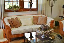 Free Contemporary Living Room Stock Photo - 89891410
