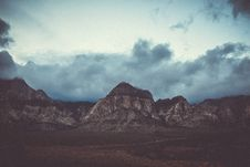 Free Mountain Peaks With Clouds Royalty Free Stock Image - 89891546