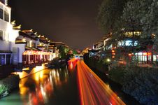 Free Night Scene Of Qinhuai River And The Boats Lights Royalty Free Stock Photo - 8992275