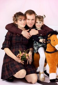 Free Portrait Of A Young Family Stock Photo - 8999750