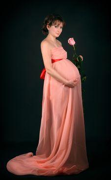Free Pregnant Woman On Dark Background Stock Photos - 8999773