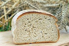 Free Graham Bread, Bread, Rye Bread, Sourdough Royalty Free Stock Images - 89914019