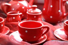 Free Red Cups, Saucers And Teapot Stock Photography - 89963212